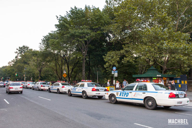 Recorido por Columbus Circle o rotonda de Colón, New York, Estados Unidos