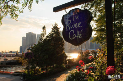 River Café, debajo del puente de Brooklyn, New York, Estados Unidos
