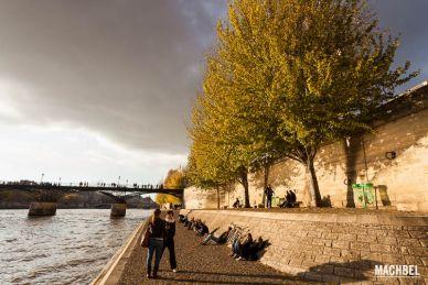 Río Sena a su paso por París, Francia