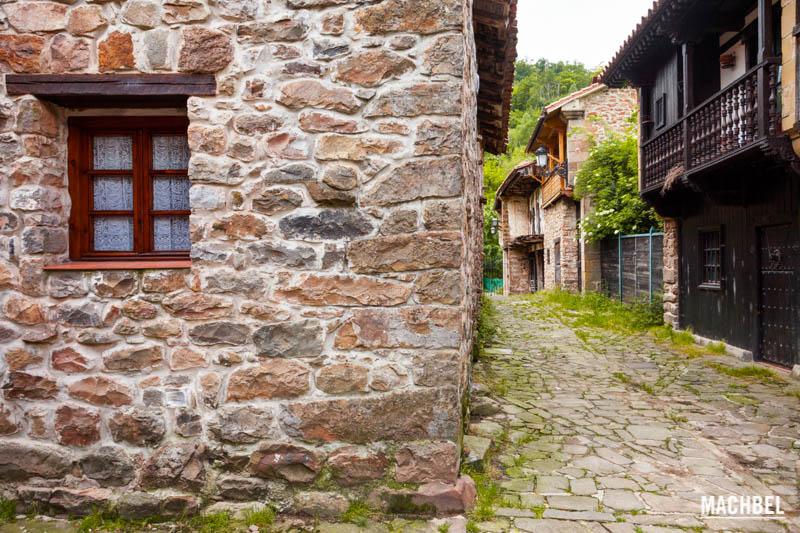 B rcena mayor relax en la monta a c ntabra machbel for Casas de pueblo en cantabria