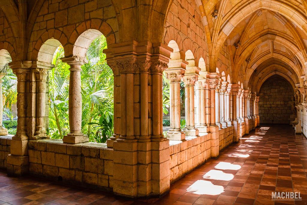 Arcos del claustro