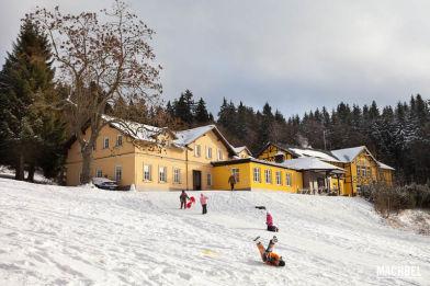 Visita en invierno a Spindleruv Mlyn, pueblo en las montañas de República Checa