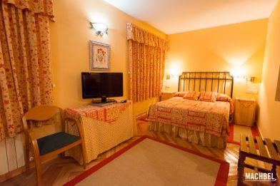 Hotel la Mira de Gredos, Hoyos del Espino, Ávila, Castilla y León, España