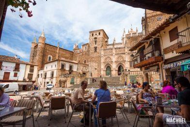 Visita al pueblo de Guadalupe, Extremadura. Conjunto histórico artístico. España