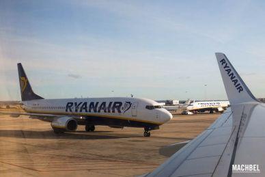 Volando con Ryanair, avión Boeing 737