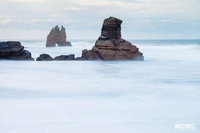 Playa de Portizuelo en Asturias, España - by machbel