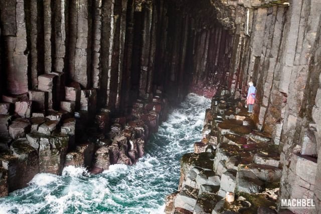 Isla de Staffa, tesoro natural en Escocia, Reino Unido - by machbel