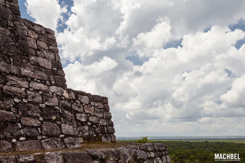 Antigua ciudad maya de Calakmul, Campeche, Mexico by machbel