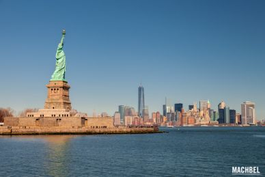 Liberty Statue delante de New York City Estados Unidos USA by machbel