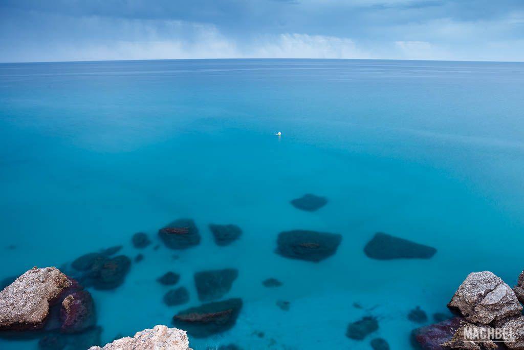 Agua azul de Nerja