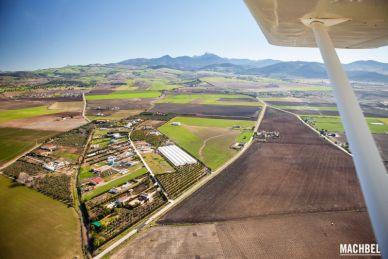 Volando sobre la Sierra de Cádiz Andalucia España by machbel