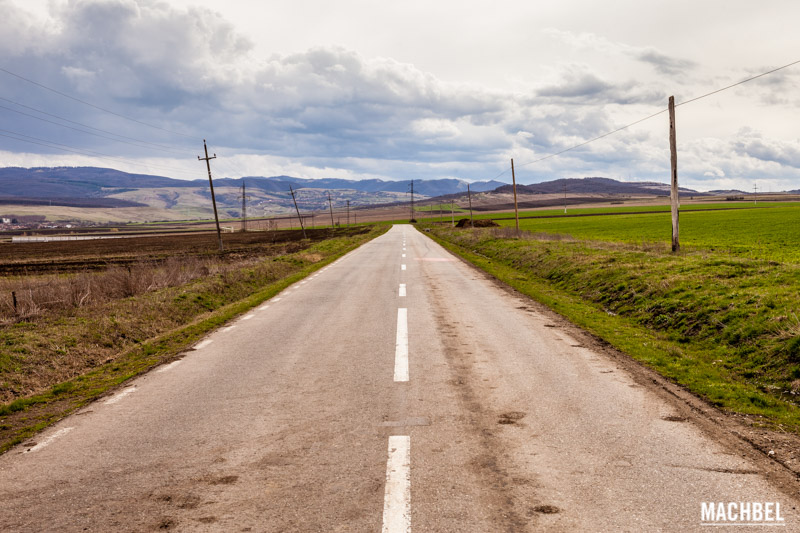 Carretera en Rumania by machbel