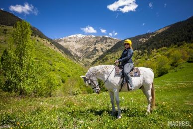 Paseo a caballo en el Valle de Arán