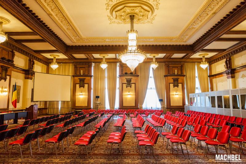 Palacio del parlamento de ruman a en bucarest visita al for Sala 0 palacio de la prensa