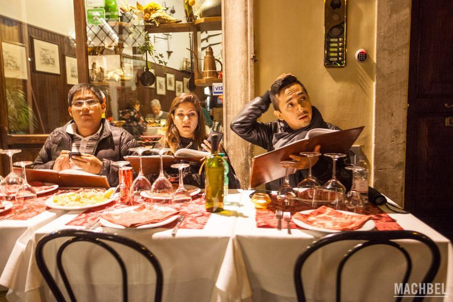 Comer en Roma: cómo encontrar buenos restaurantes y heladerías (con recomendaciones)