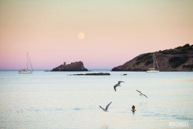Luna sobre Cerdeña