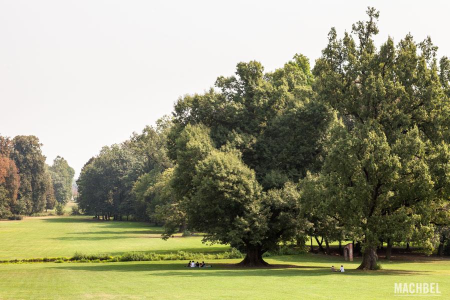 Jardín del palacio y parque de Monza