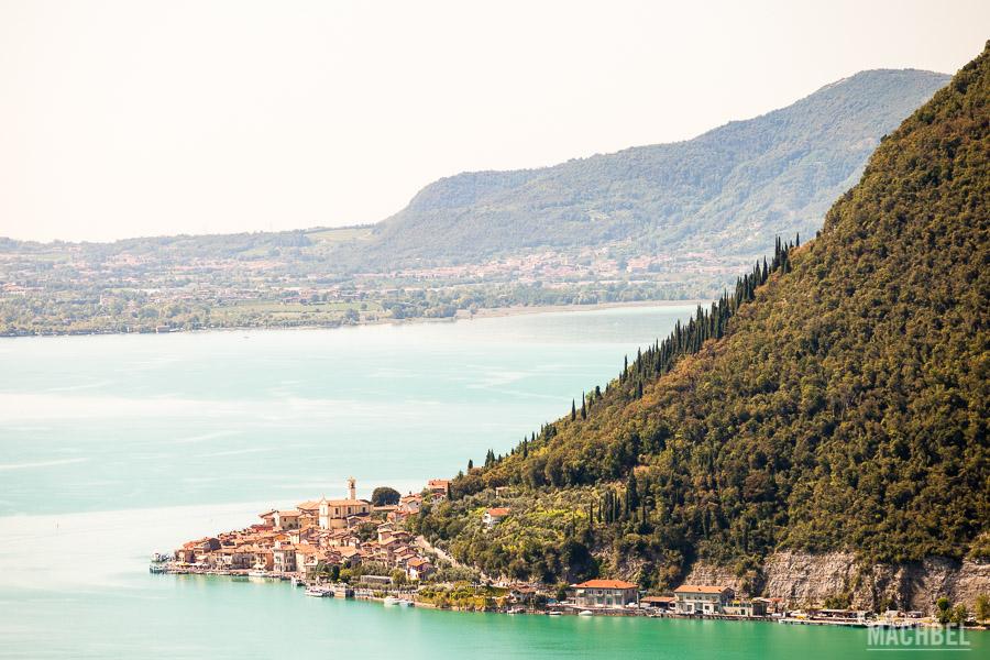 Peschiera Maraglio y el lago Iseo