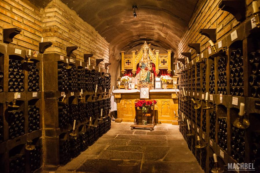 Interior de la bodega Valdelana en Elciego