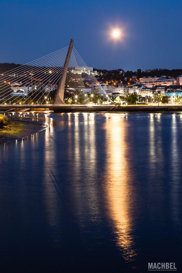 La luna y el puente de los Tirantes