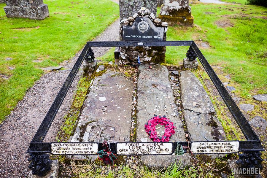 Tumba del clan MacGregor en Escocia