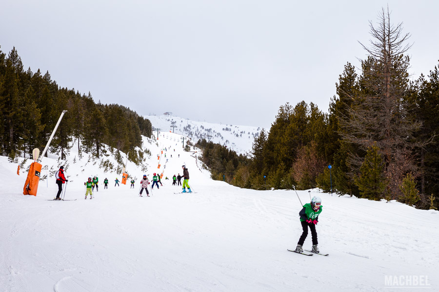 Esquiando en Vallnord