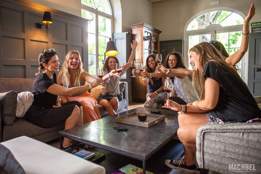 Bloggers degustando vinos