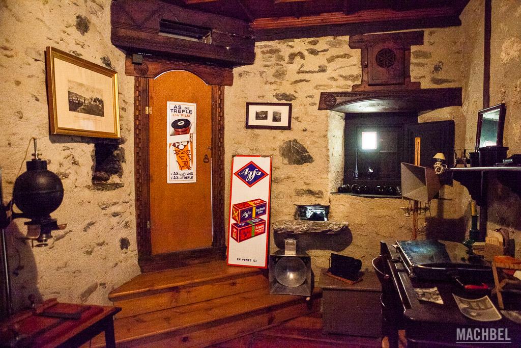 Cuarto oscuro en Museu Casa d'Areny-Plandolit