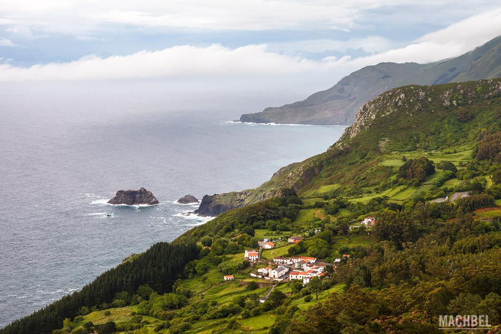 San Andrés de Teixido y los acantilados