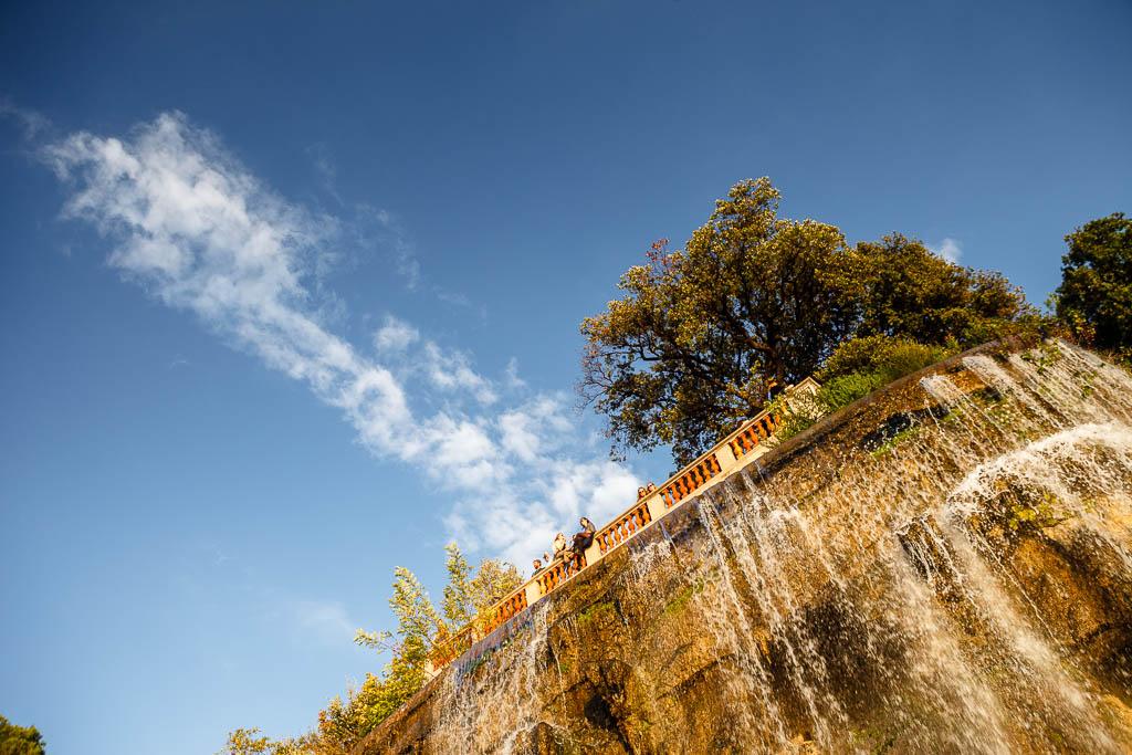 Cascada en Colline du Chateau