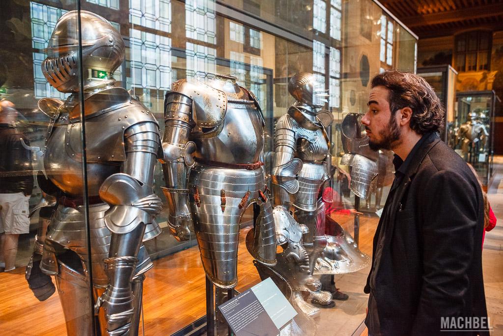 Armaduras del Museo Militar