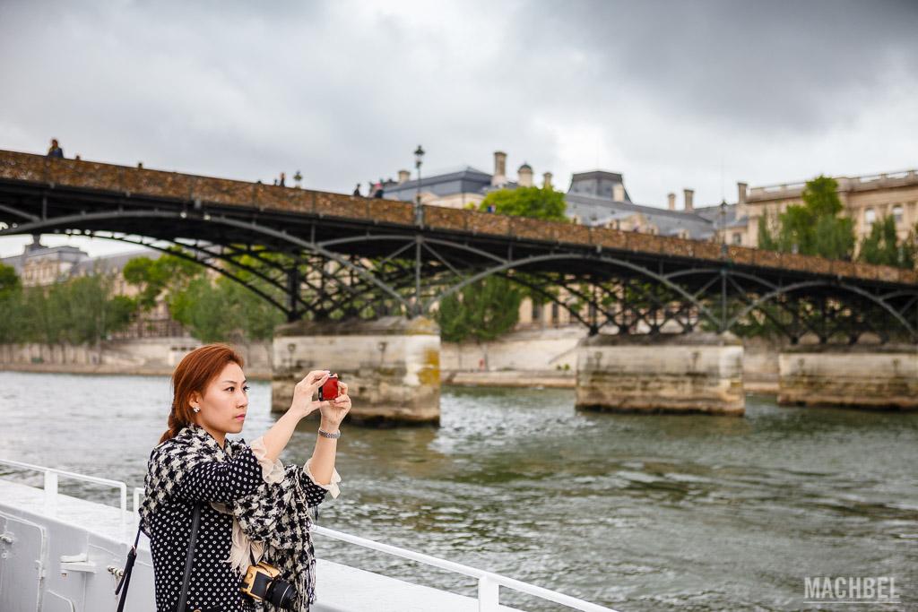 Fotografiando el río Sena en el crucero
