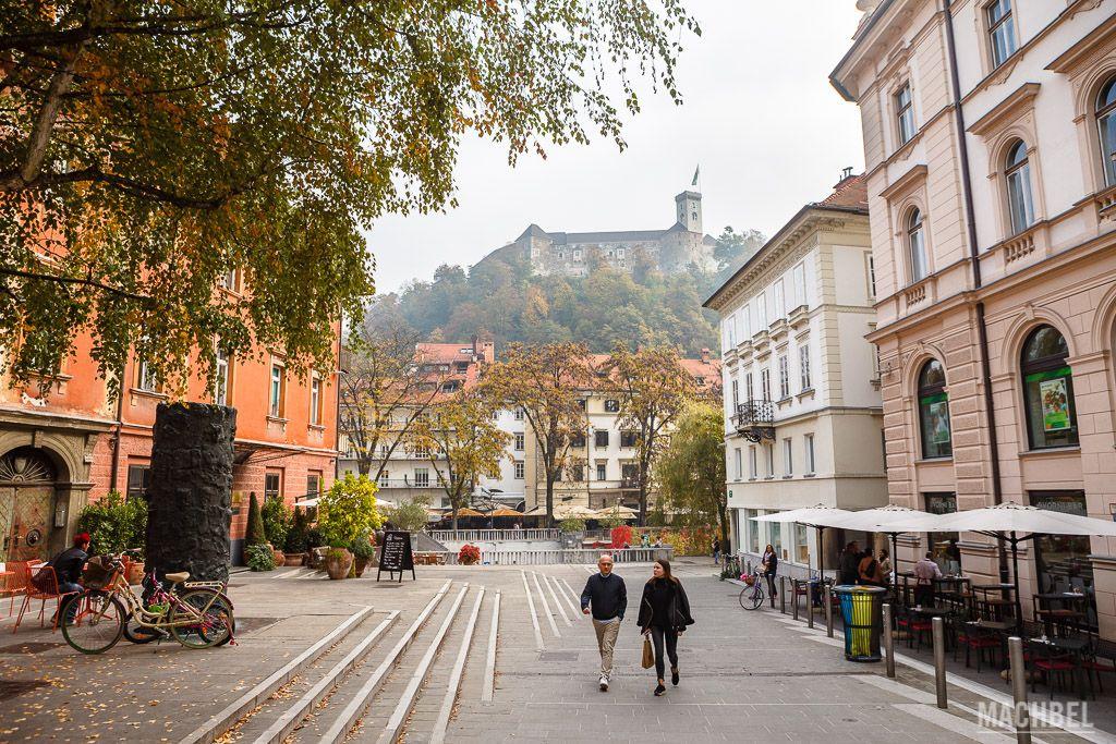 Pequeñas plazas del centro de Liubliana