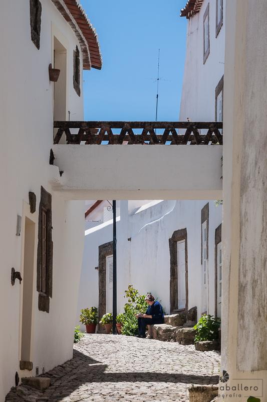 Calle de Marvâo sin cables a la vista