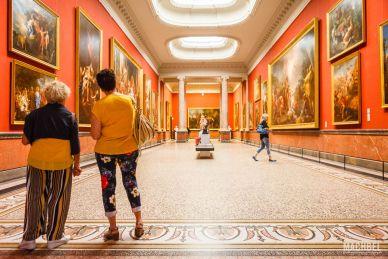 Galería de las columnas del Museo Fabre de Montpellier
