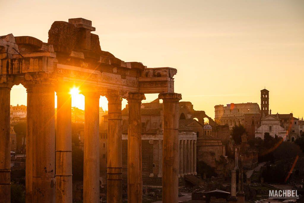 Foro romano al amanecer