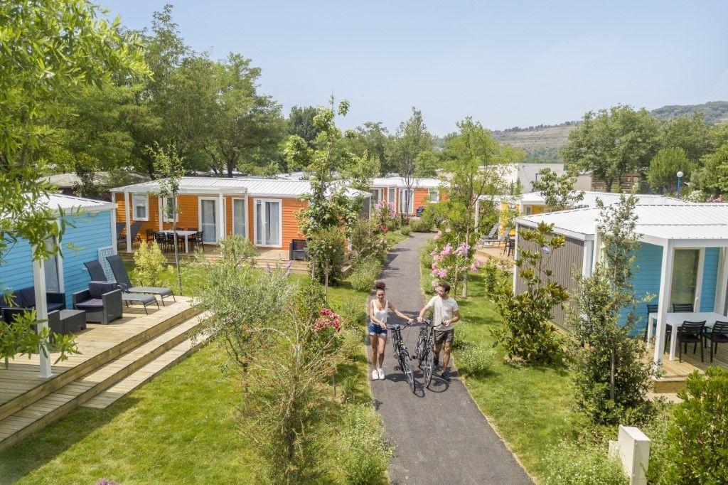 Casas y bungalows en los campings