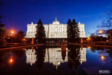Jardines de Sabatini y Palacio Real al atardecer