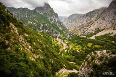 Vista del desfiladero de la Hermida desde la Vía Ferrata