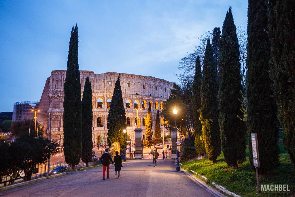 Coliseo Romano desde la Colina del Oppio