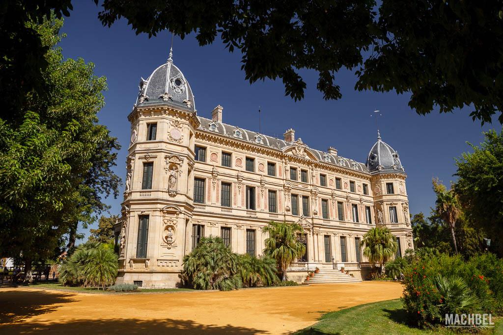 Palacio el Recreo de las Cadenas en la Escuela de Arte Ecuestre