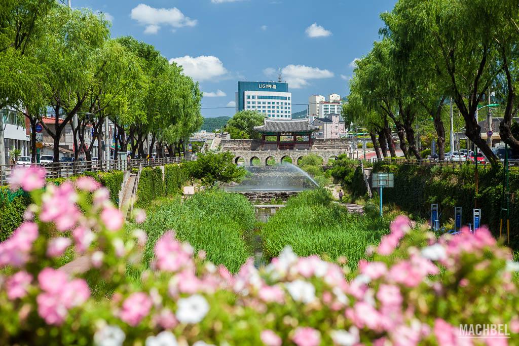 Castillo de Suwon cerca de Seúl