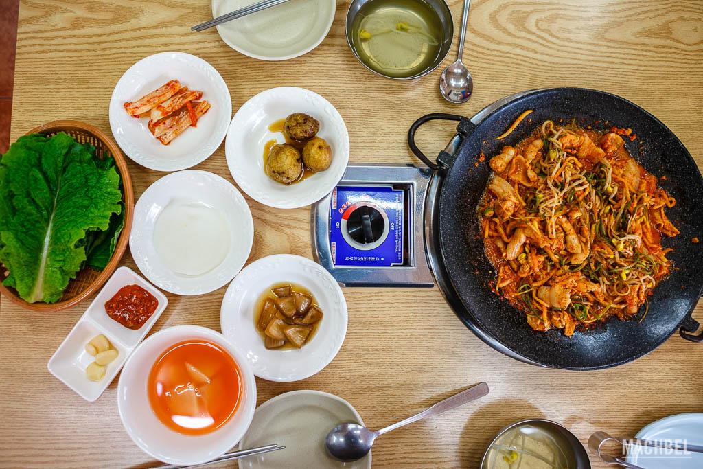 Plato típico coreano