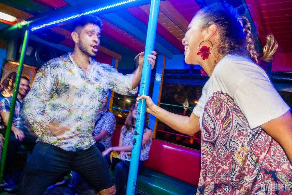 Bailando en Chiva
