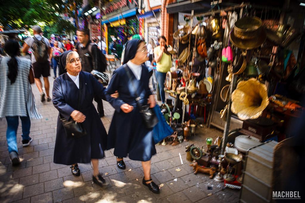 Paseando por la calle Carabobo