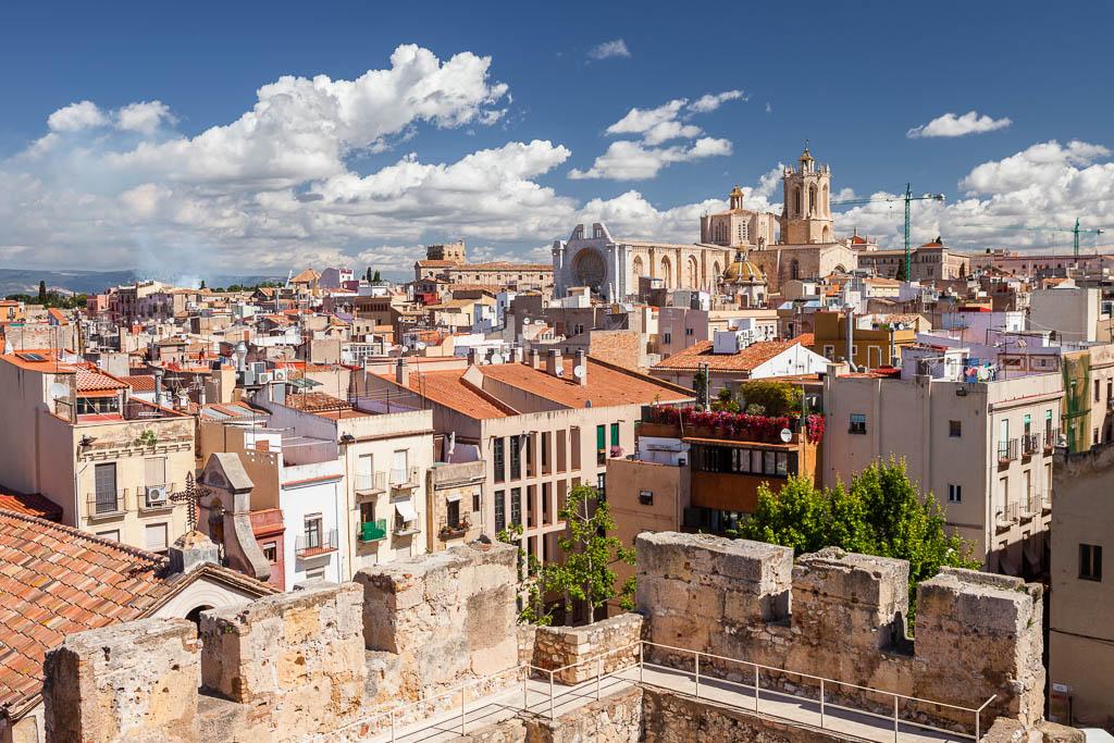 Panorámica de Tarragona y la catedral