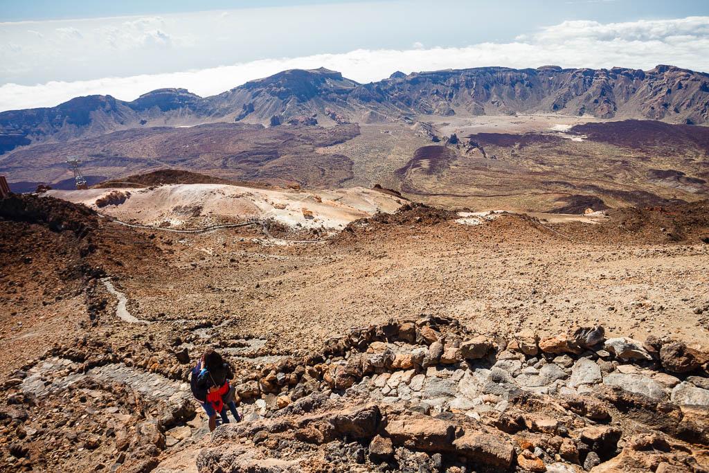 Sendero en la cima del Teide